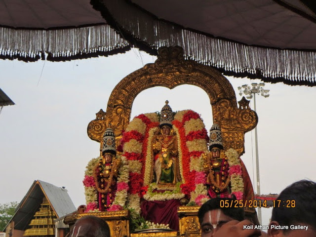 ranganathar-with-nachiyars