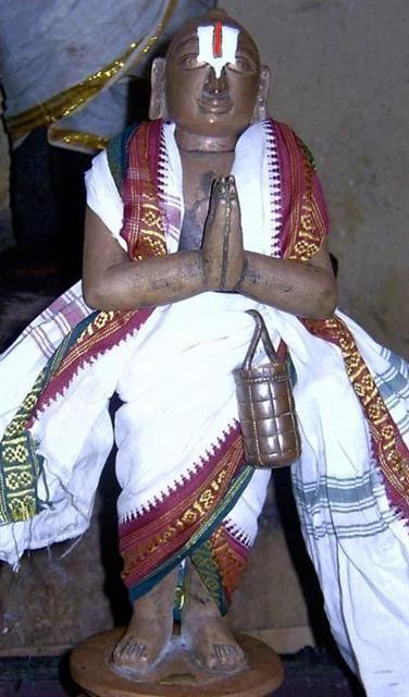 thondaradipodi-azhwar-mandangudi